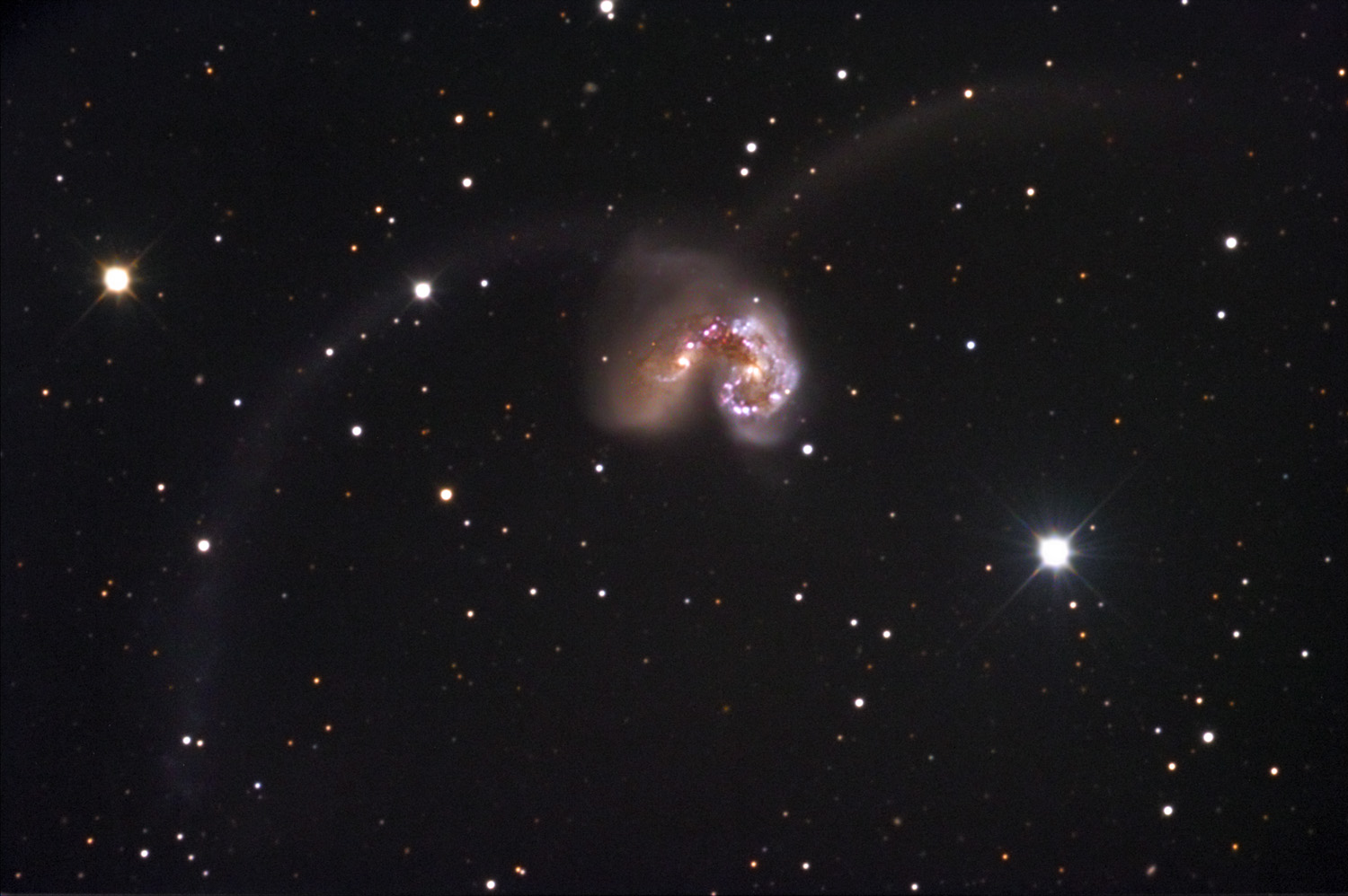 NGC 4038-39, Interacting Galaxies inCorvus
